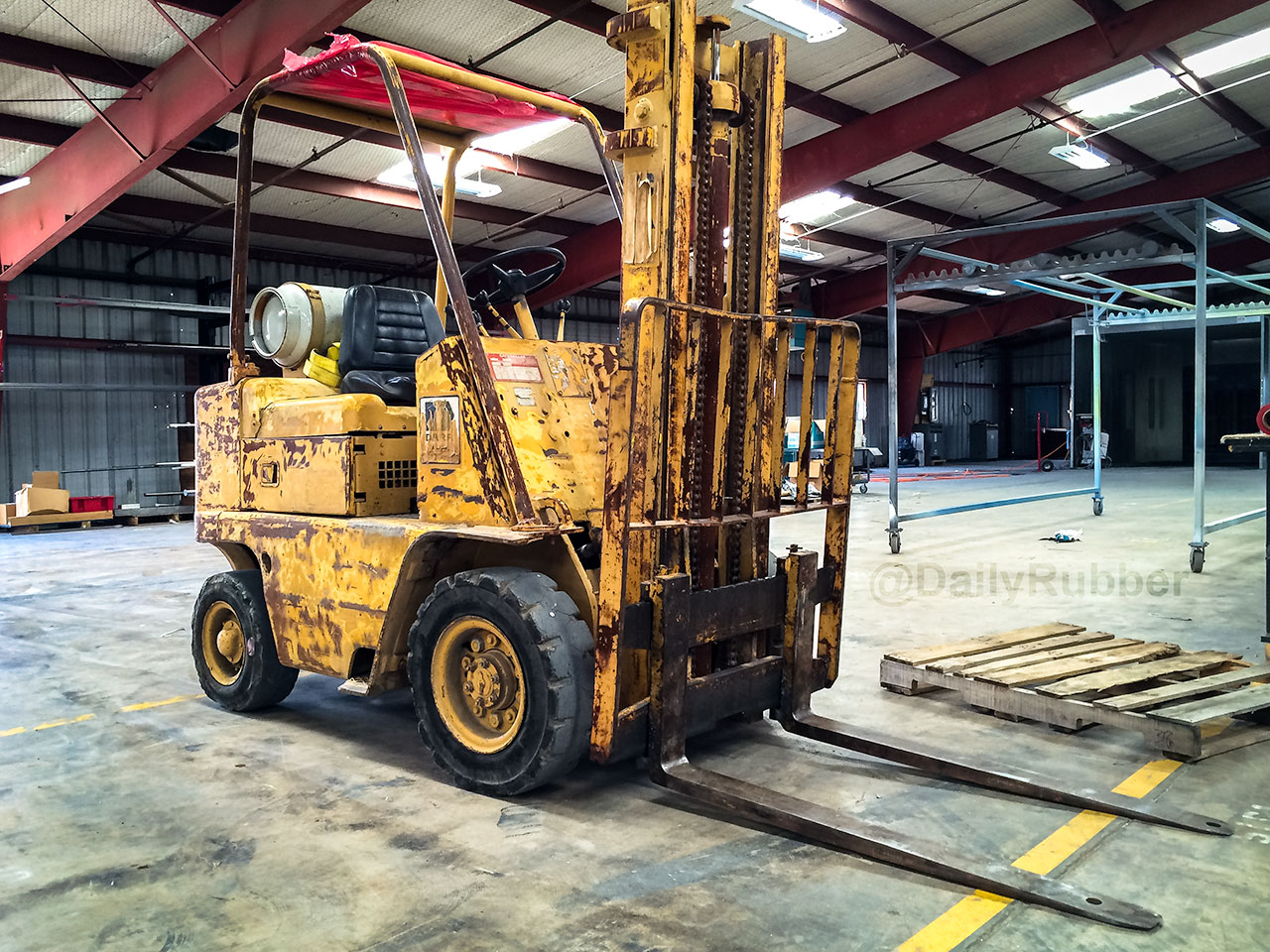 Cat Fork Lift : The patina caterpillar forklift daily rubber